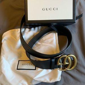 Black 100% authentic Gucci woman belt